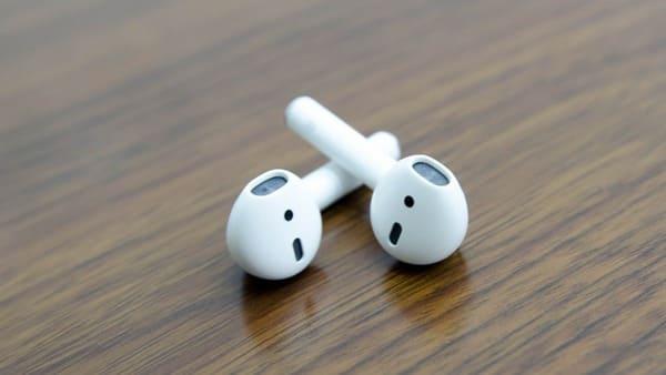 Tai nghe không dây Airpods 1 chính hãng đẹp 99%